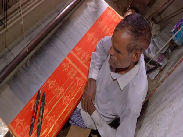 Bachche Lal, handloom weaver who is preparing a special cloth for Prime Minister Narendra Modi. (Photo/ANI)