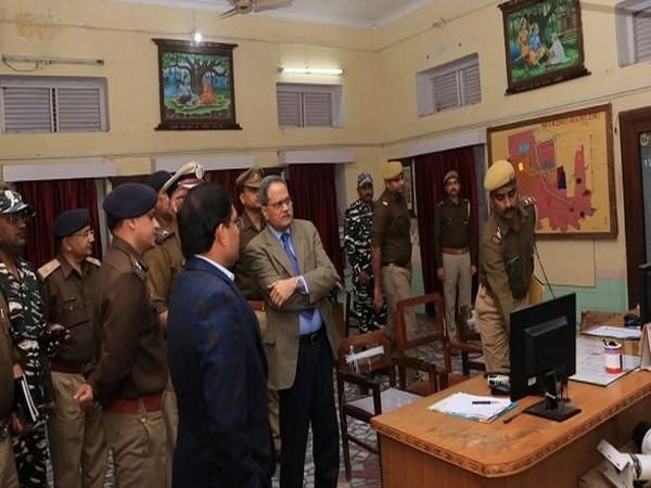 DGP HC Awasthi conducts security review meeting ANI/photo