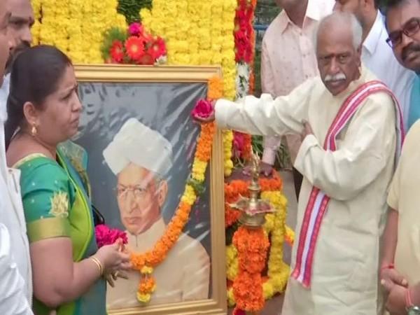 Bandaru Dattatreya paid tribute to the former president Dr Sarvepalli Radhakrishnan on Thursday. Photo/ANI