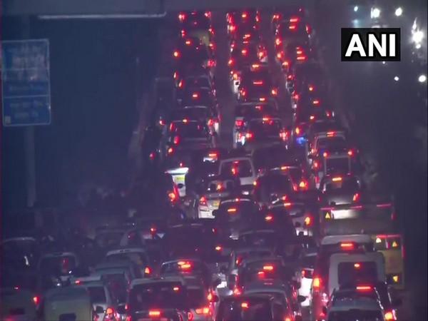 Visual of a traffic jam at Barapullah flyover in New Delhi on Wednesday evening.