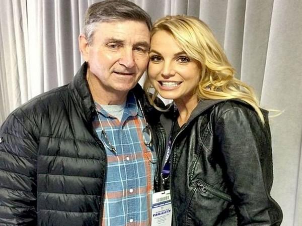 Jamie Spears with Britney Spears