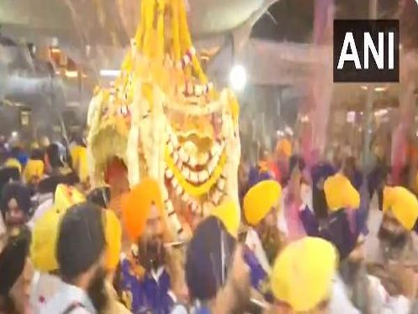 Hola Mohalla celebration at Golden temple, Amritsar