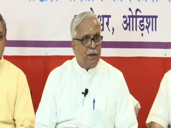 Bhaiyaji Joshi of RSS addresses a press conferance in Odisha on Friday. [Photo/ANI]