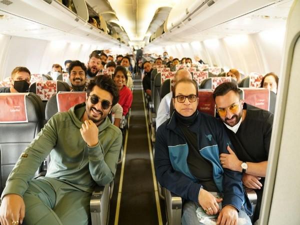 Saif Ali Khan and Arjun Kapoor with producer Ramesh Taurani (Image Courtesy: Instagram)