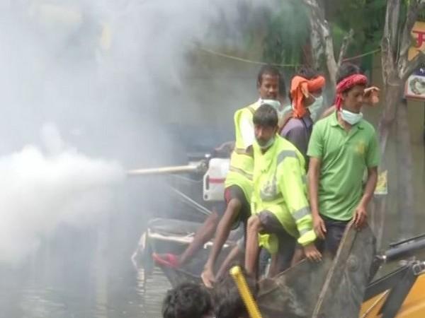 Fogging work underway in Rajendra Nagar in Bihar on Thursday. Photo/ANI