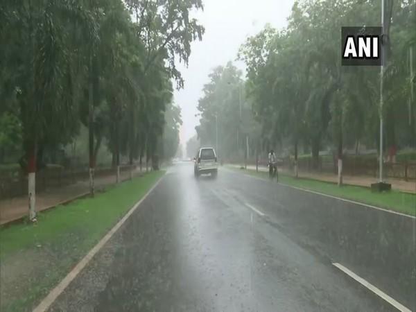 Bihar: Rain lashes parts of Patna on Friday [Photo/ANI]