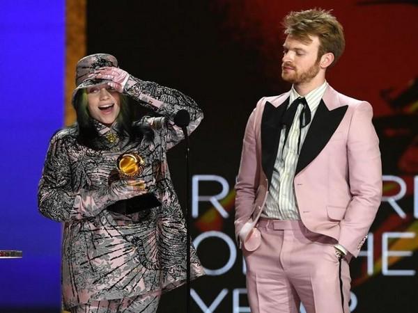 Billie Eilish at Grammys 2021 (Image source: Instagram)