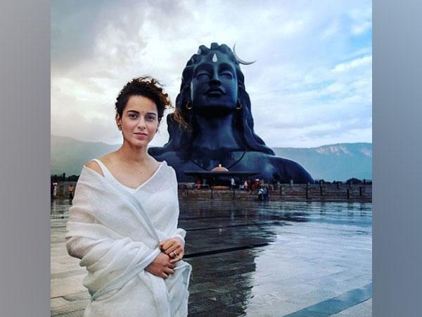 Kangana Ranaut at Adishakti Ashram (Image source: Instagram)