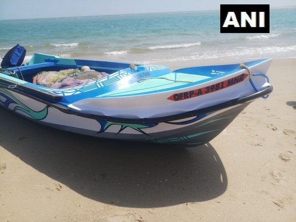 Sri Lankan boat that was spotted on Indian waters. Photo/ANI