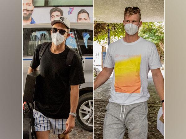 New Zealand cricketers Trent Boult and Jimmy Neesham (Image: Mumbai Indians)