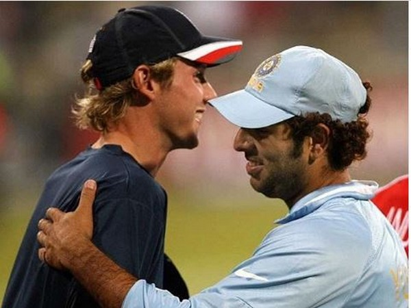 Stuart Broad with Yuvraj Singh (Photo/ Stuart Broad Twitter)