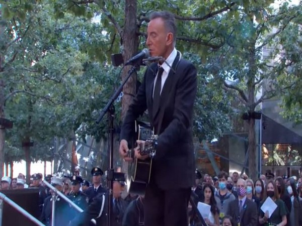 Bruce Springsteen at the 9/11 memorial in New York City (Image source: YouTube)