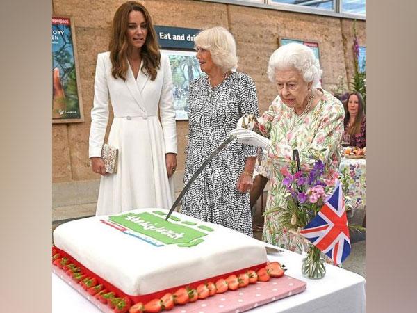 Queen Elizabeth, Kate Middleton, Camilla Bowles (Image Source: Instagram)