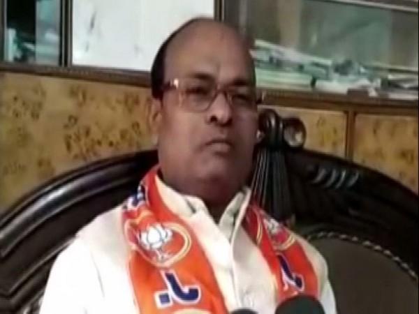 Devendra Singh Lodhi speaking to ANI in Bulandshahr on Friday. Photo/ANI