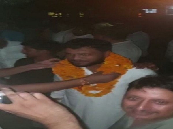 Bulandshahr violence accused being welcomed by supporters on Saturday evening.
