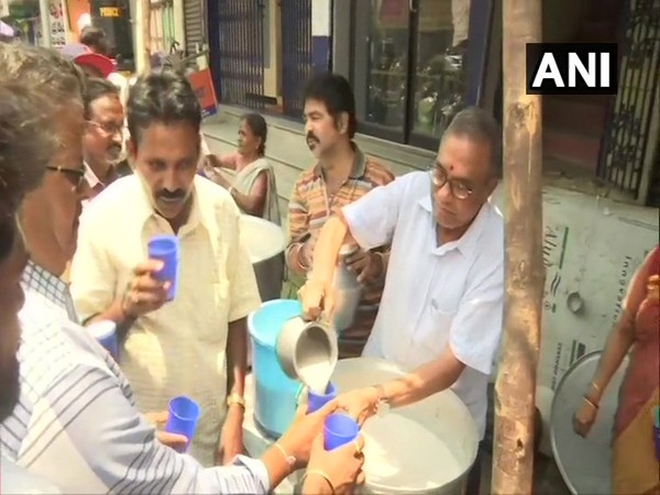 Social worker Satyanarayana has been distributing buttermilk to passers-by in Vijaywada