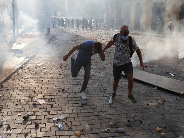 Protests break out in Beirut on Saturday