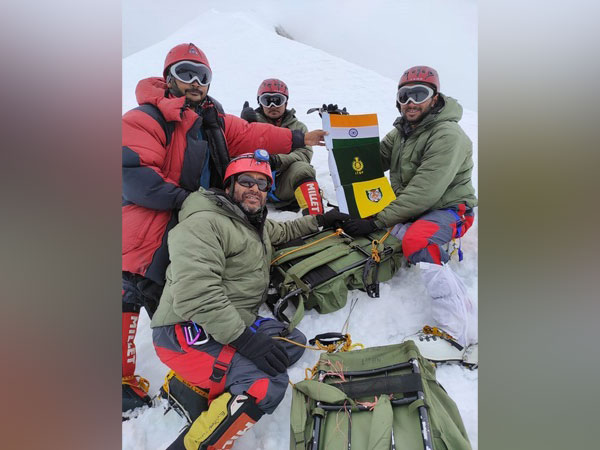 The mountaineers of ITBP successfully climbed the Mount Balbala peak (Photo/ANI)
