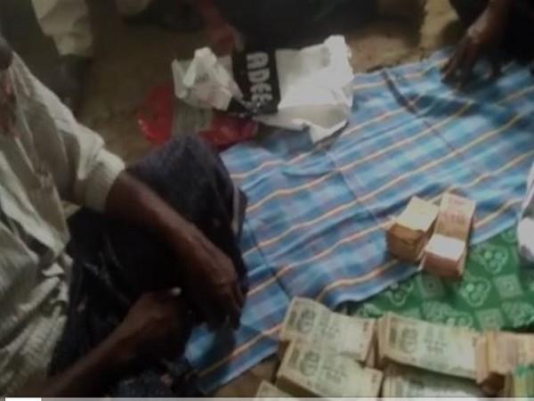 Cash found in the beggar's bag
