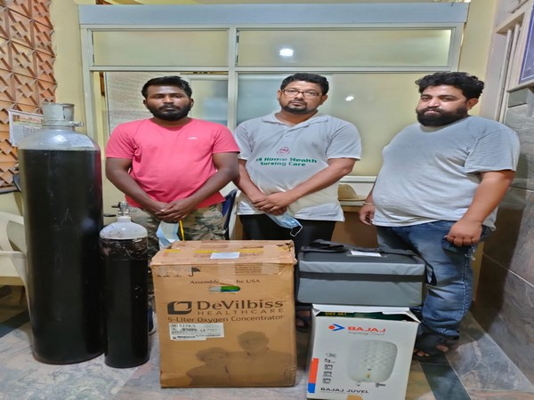 Three held for black marketing of Oxygen cylinders in Bengaluru. (Photo/ANI)