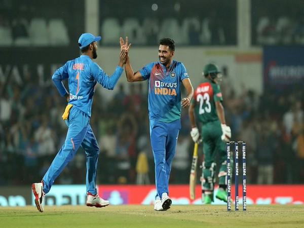 Pacer Deepak Chahar in action against Bangladesh (Photo/ BCCI Twitter)
