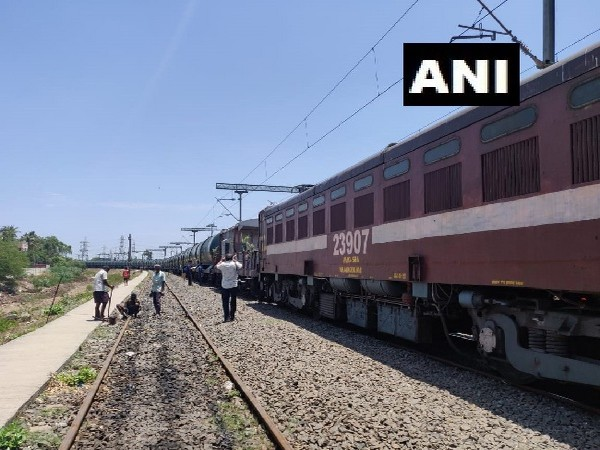 Train carrying water from Jolarpet reaches Chennai, Tamil Nadu on July 12. Photo/ANI