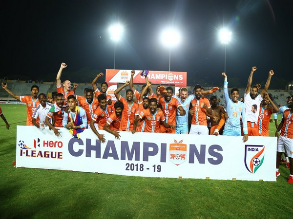 Chennai City celebrating maiden I-League victory (Courtesy- I-League Twitter)