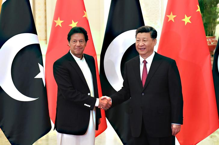 Pakistan Prime Minister Imran Khan met Chinese President Xi Jinping at the Great Hall of People in Beijing on Sunday