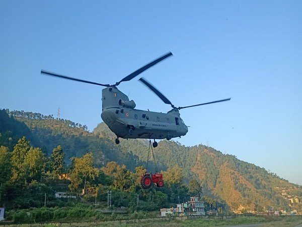 A visual of the Chinook helicopter in Uttarakhand.