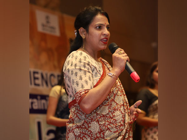 Preeti Chippa glorifies traditional art and culture through her digital ventures - TheBlockart.com and Rakhiz.com