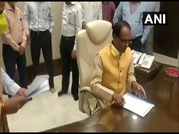 Shivraj Singh Chouhan taking charge as Madhya Pradesh Chief Minister on Monday.