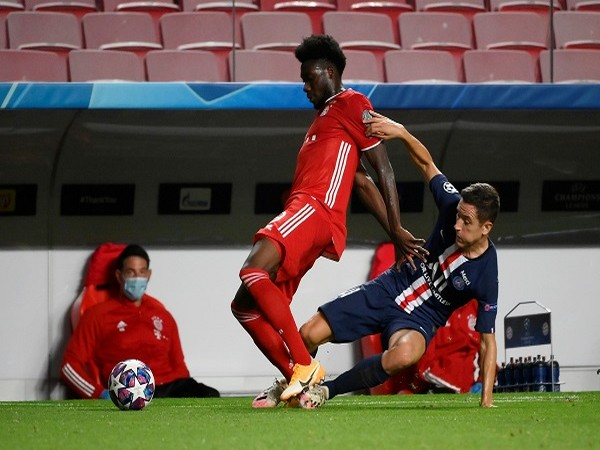 Bayern Munich's left-back Alphonso Davies in action during the final