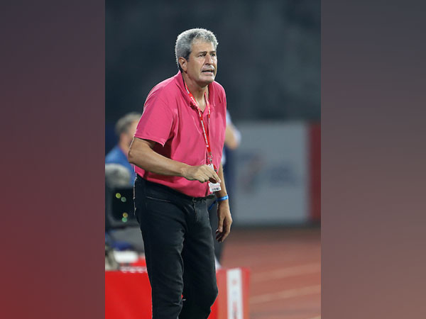 Manuel Marquez Roca Head Coach of Hyderabad FC during the match. (Photo/ Sportzpics)