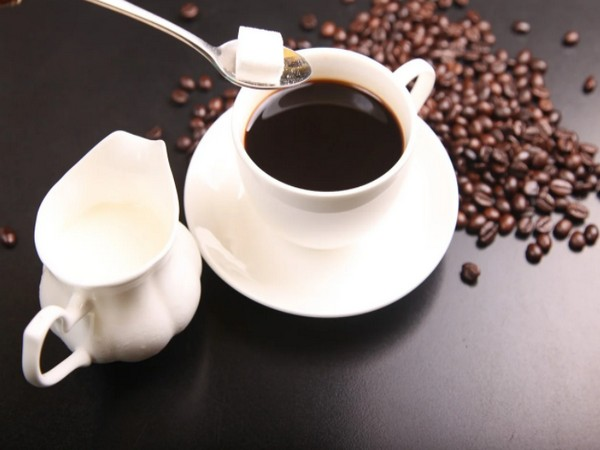 Study suggests that drinking coffee is not harmful and may potentially be beneficial