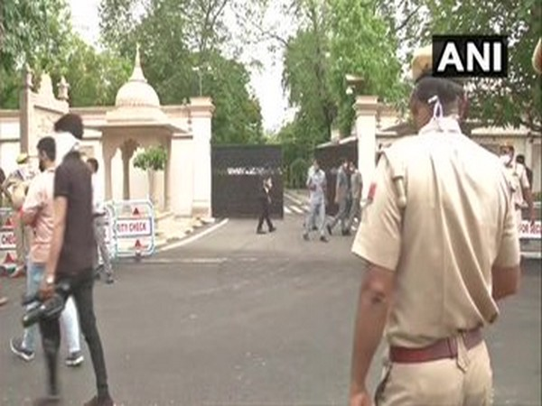 A visual from Rajasthan Chief Minister Ashok Gehlot's residence in Jaipur. [Photo/ANI]