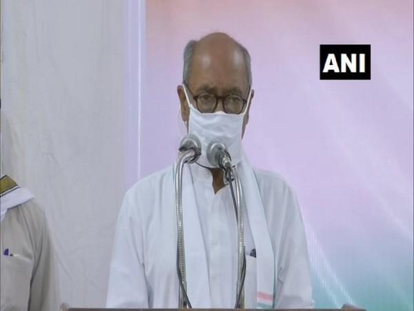 Congress leader Digvijaya Singh at Satyagrah' of 'Kendriya Shram Sangathan in Bhopal on Sunday. (Photo/ANI)