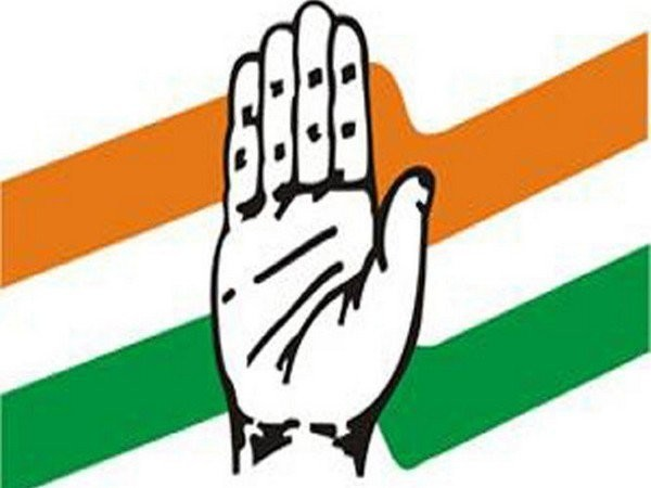 According to sources, Congress leaders like Chacko and Ajay Maken are in favour of an alliance with the AAP.