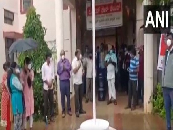Karnataka: COVID-19 patients staying at an isolation centre in Hubli sing songs. [Photo/ANI]