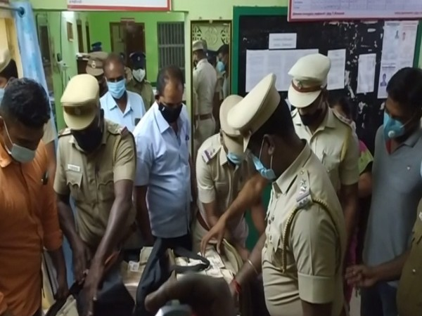 Demonatised currency note worth Rs 4.8 cr seized in Tamil Nadu's Sivaganga. (Photo/ ANI)