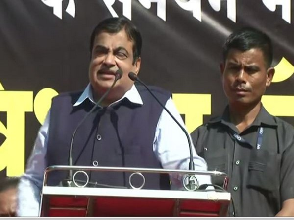 Union Minister Nitin Gadkari speaking at rally in Nagpur on Sunday