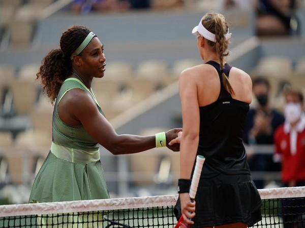 Elena Rybakina and Serena Williams (Photo: Nicolas Gouhier/FFT)