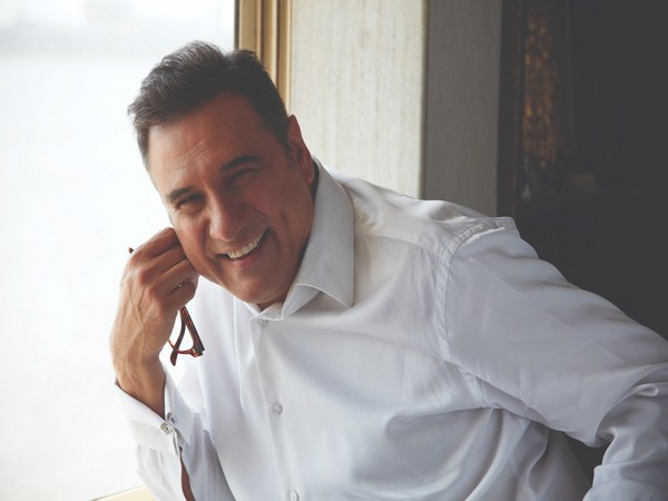 Boman Irani to play Ranveer's dad in YRF's 'Jayeshbhai Jordaar'!