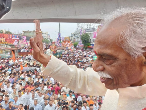 Himachal Pradesh Governor participating in procession of idol immersion of Lord Ganesh in Hyderabad