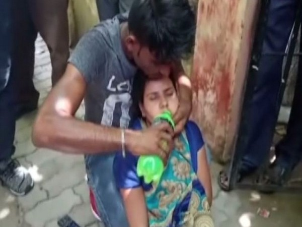 The victim allegedly felt unconscious when her mother tried to kidnap her at Sitapur on Saturday
