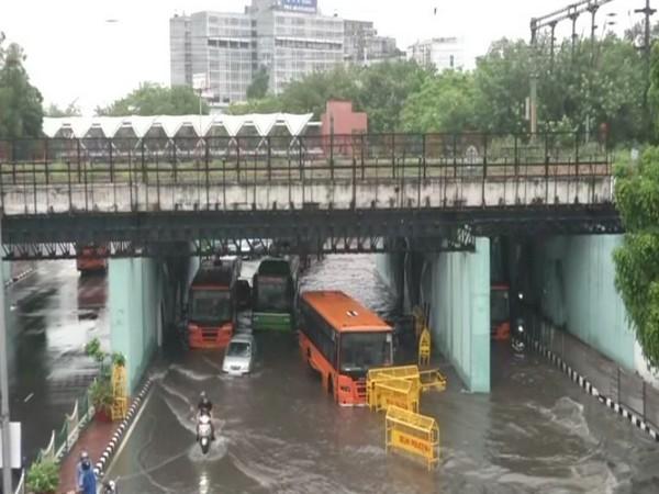 Visual of ITO area in Delhi on Sunday morning. [Photo/ANI]