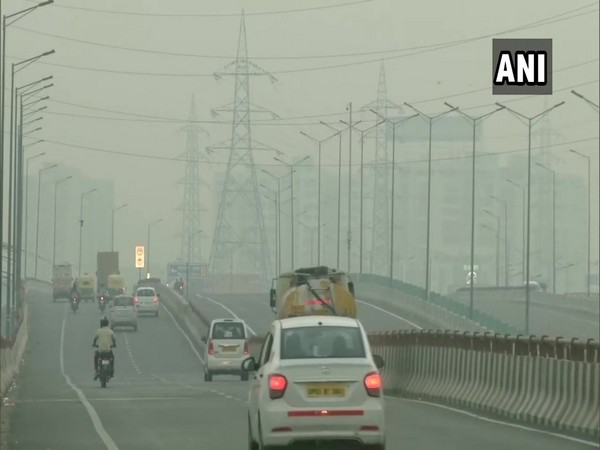 The national capital was covered in a layer of haze on Monday morning as air quality dip further. (Photo/ANI)