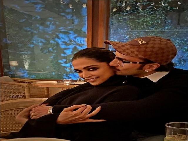 Ranveer Singh with Deepika Padukone (Image Source: Instagram)