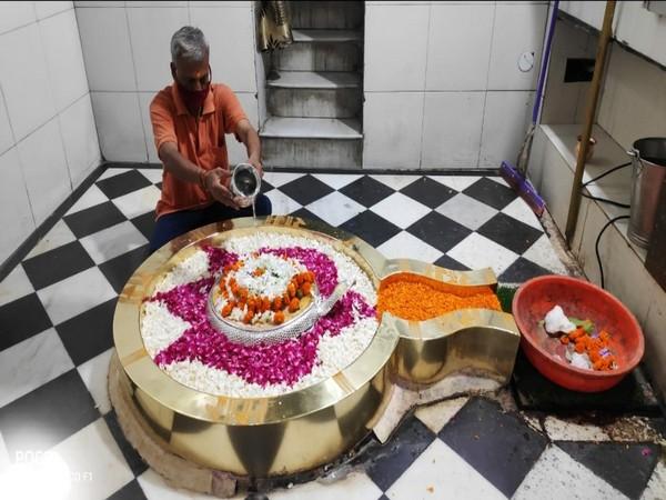 A visual from inside Shri Chandreshwar Mahadev Temple in Rishikesh. [Photo/ANI]