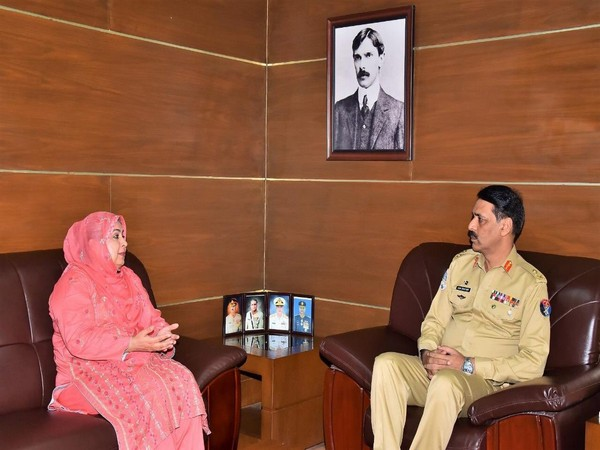 The Chairperson of Defence of Human Rights Pakistan, Amina Masood Janjua with Major General Asif Ghafoor, the spokesperson of the Pakistan Army on July 5 (Photo/Ghafoor's official Twitter account)