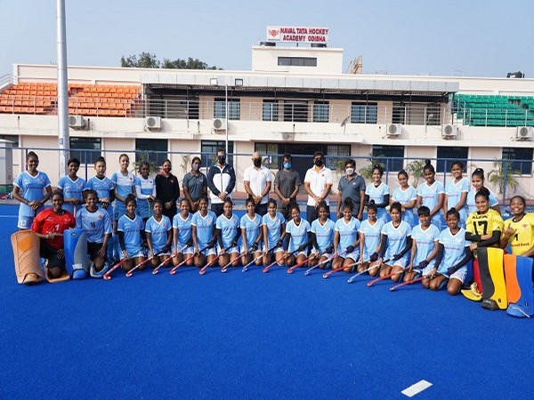 Hockey legends Dhanraj Pillay, Len Aiyapa and Dilip Tirkey interacted with cadets (Image: Odisha sports department)